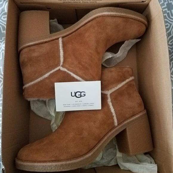 6f644507dd6 Ugg Kasen Boots size 9 NWT